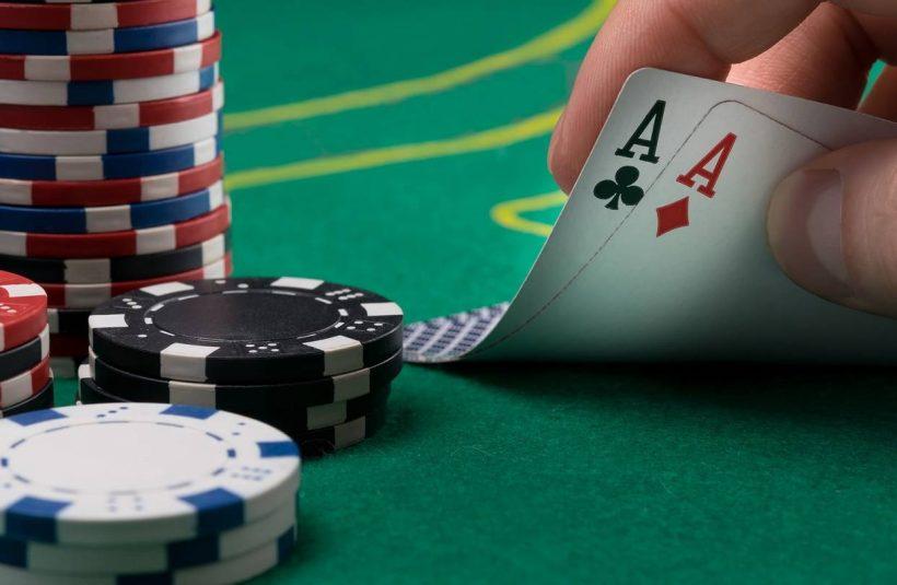 JR AA451 IFPOKE GR 20191031164807 820x535 - Dangers Of An Underground Poker Game